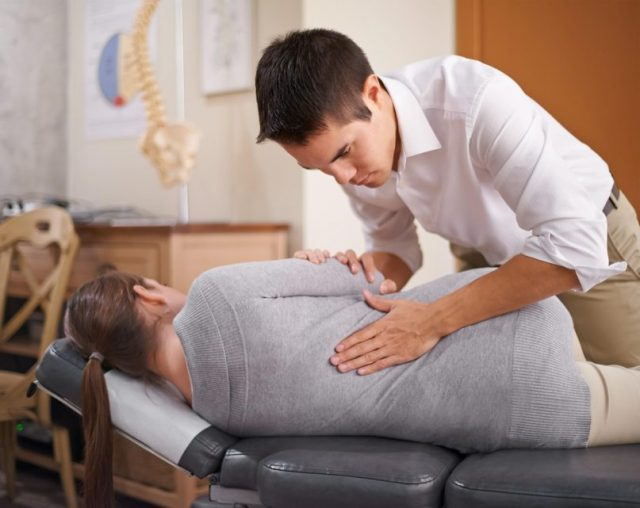 How Chiropractic Care Can Help Manage Chronic Pain | The Health Sessions