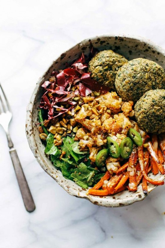 Delicious Dinner Bowls: Ultimate Winter Bliss Bowl by Pinch of Yum | The Health Sessions