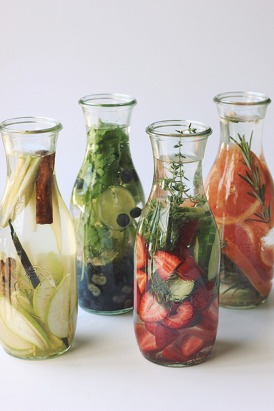 12 Refreshing Summer Drinks: Infused Waters from Tasty Yummies | The Health Sessions