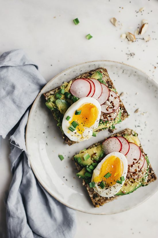 Healthy Work Lunches: Avocado Egg Radish Sandwich from The Awesome Green | The Health Sessions