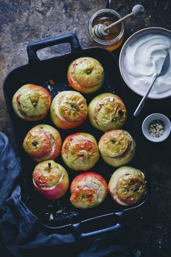 Spice Up Your Health: Baked Apples with Spiced Oatmeal from Green Kitchen Stories | The Health Sessions