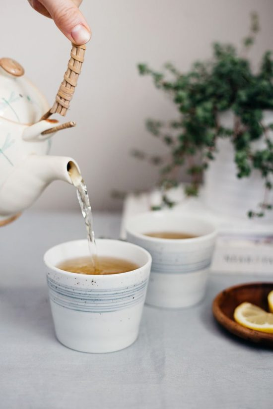 10 Health-Boosting Hot Drinks: Hormone-Balancing Red Raspberry Leaf, Dong Quai and Nettle Tea from Mind Body Green | The Health Sessions