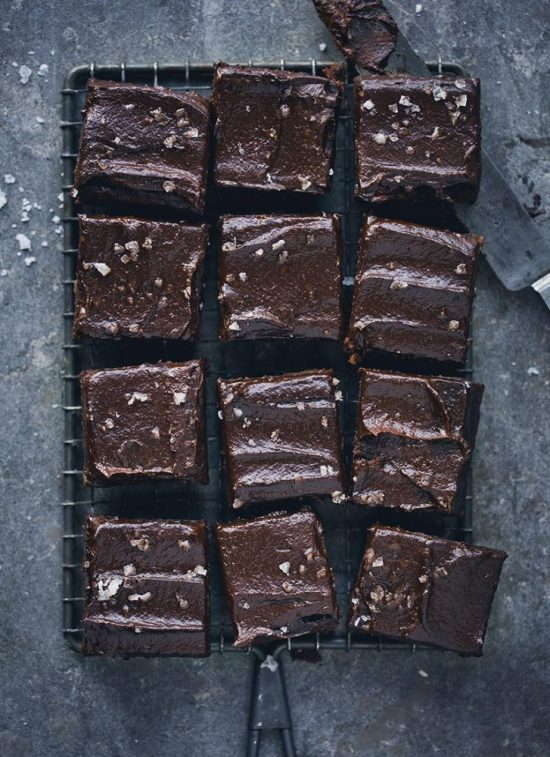 Eat Vegetables with Every Meal: Black Bean Brownie Bites from Green Kitchen Stories | The Health Sessions