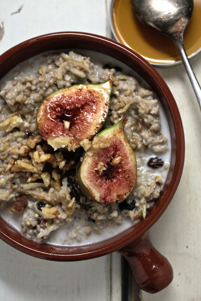 Porridge Galore: 12 Warming Breakfasts for Cold Winter Mornings | The Health Sessions