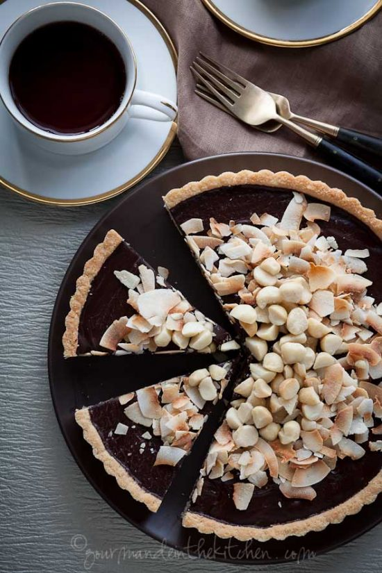 Healthy Birthday Cakes:Chocolate, Coconut and Macadamia Nut Tart from Gourmande in the Kitchen | The Health Sessions