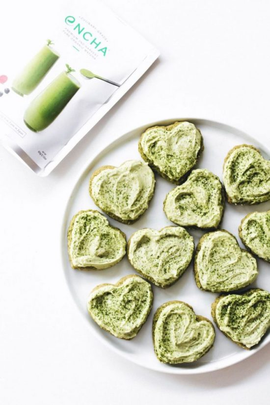 Healthy Cookies: Matcha Sugar Cookies from Feasting on Fruit | The Health Sessions