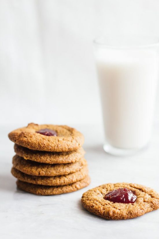 Healthy Cookies: Almond Raspberry Thumbprint Cookies from Nutrition Stripped | The Health Sessions