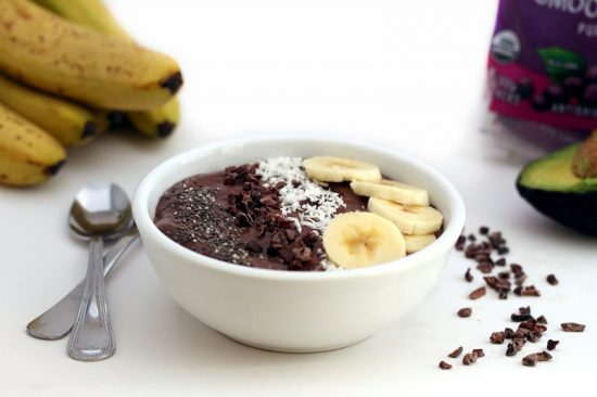 Recovery-Boosting Recipes: Banana Cacao Avocado Acai Bowl from Hummusapiens | The Health Sessions