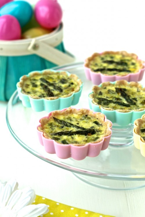 How to Enjoy More Spring Vegetables Every Day:Mini Spring Vegetable Quiches from The Foodie Physician | The Health Sessions