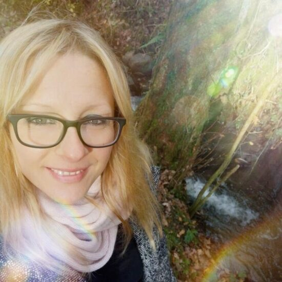 10 Spoonies You Should Know and Follow: Jemma Hunt | The Health Sessions
