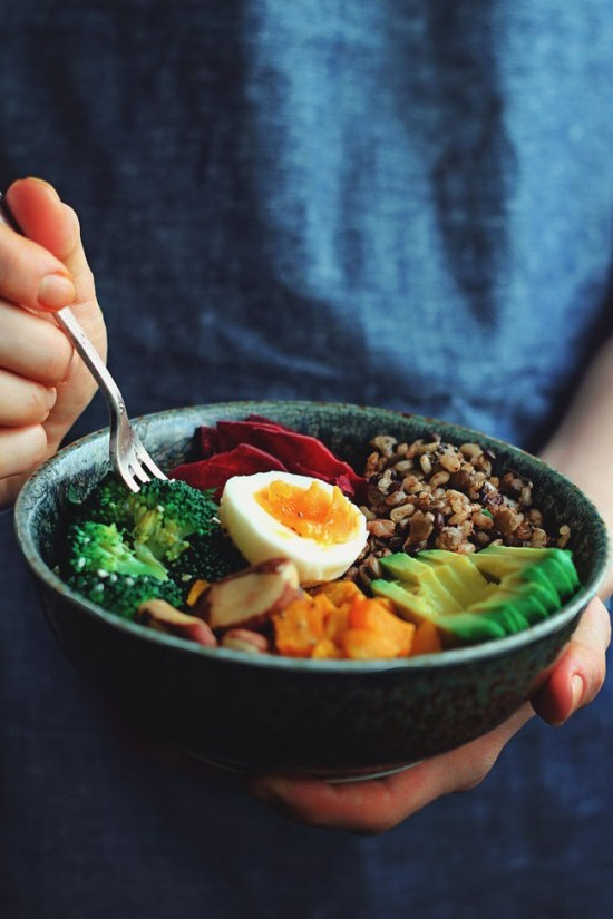 Delicious Dinner Bowls: The Complete Nourishing Winter Bowl from The Awesome Green | The Health Sessions
