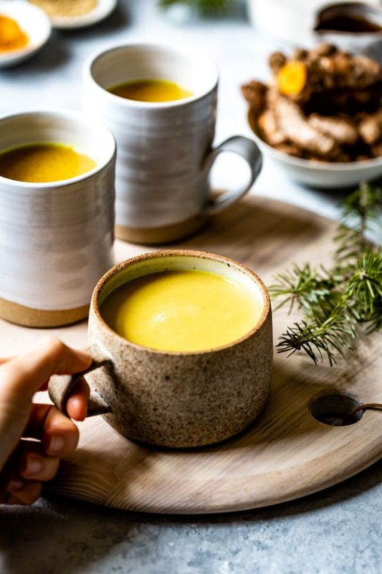 Popular Superfoods: 10 Minute Turmeric Golden Milk from Foolproof Living | The Health Sessions