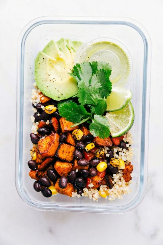 Salads To-Go: Quinoa Black Bean Salad from Chelsea's Messy Apron | The Health Sessions