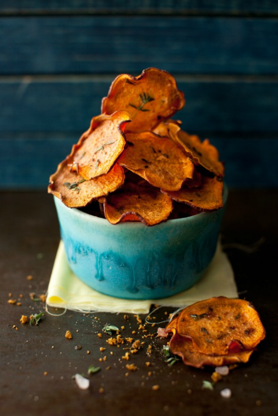 Eat Vegetables with Every Meal: Sweet Potato Baked Chips with Thyme from Cooking Melangery   The Health Sessions