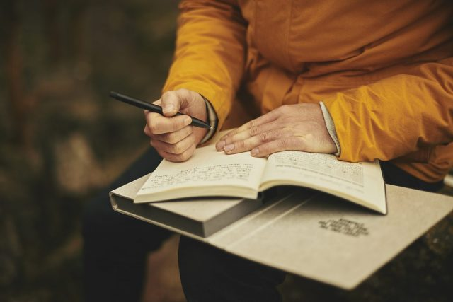 6 Surprising Health Benefits of Journaling That You Never Knew | The Health Sessions
