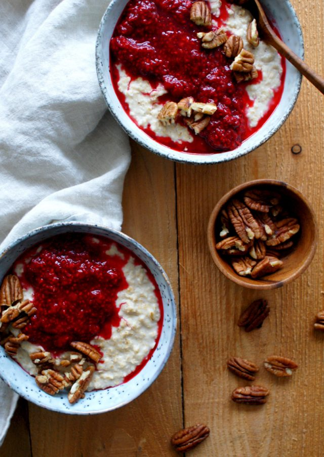 Recipe for Recovery: Warm Winter Porridge with Raspberry Sauce by Zonder Zooi | The Health Sessions