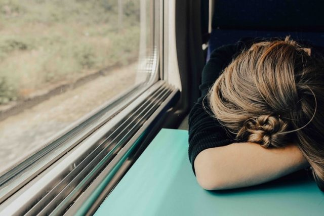 How to Deal with Fatigue When Suffering from Chronic Illness | The Health Sessions