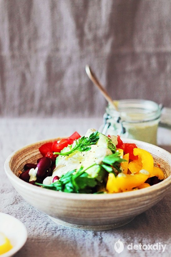 Delicious Dinner Bowls: Veggie Burrito Bowl from Detoxdiy | The Health Sessions