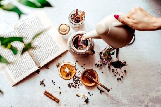Herbal Teas: Autumn Spiced Elderberry Tea Blend from Frolic and Fare   The Health Sessions