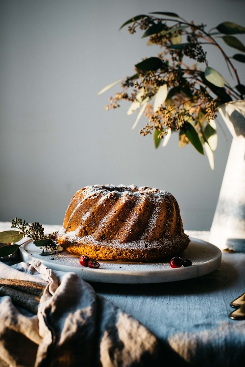 12 Better-For-You Christmas Treats: Holiday Butternut Bundt Cake from Dolly and Oatmeal | The Health Sessions