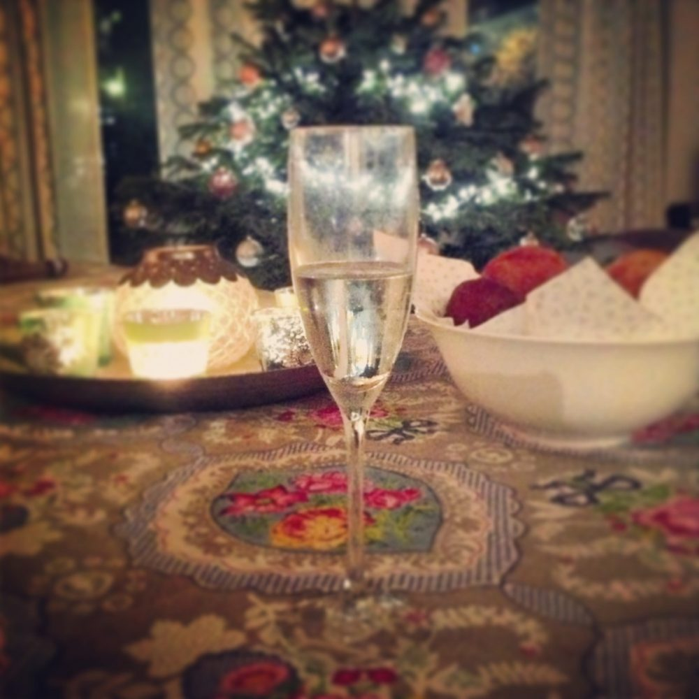 How to Enjoy the Holiday Season When You're Chronically Ill | The Health Sessions