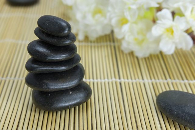 Hot Stone Massage Therapy And The Key Benefits You Should Know | The Health Sessions