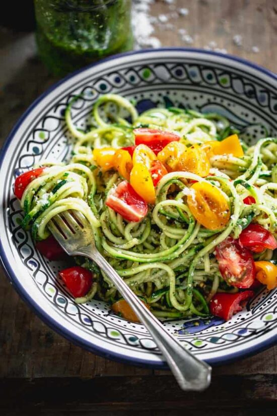No-Cook Recipes: Zucchini Noodles with Pesto from Healthy Seasonal Recipes | The Health Sessions