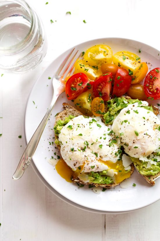 10 Healthy Egg Breakfasts: Simple Poached Egg and Avocado Toast from Pinch of Yum | The Health Sessions