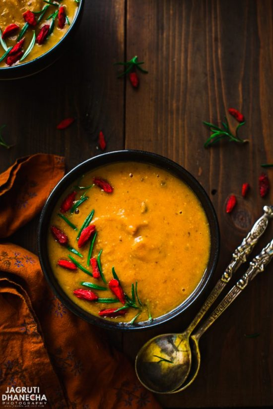 Popular Superfoods: Goji Berries, Mushroom and Sweet Potato Soup from Jagruti's Cooking Odyssey | The Health Sessions