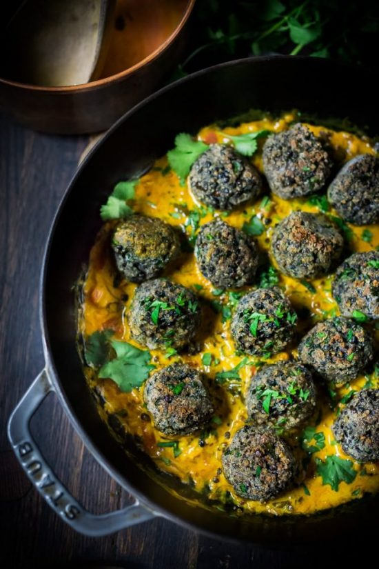 Popular Superfoods: Vegan Lentil Meatballs with Coconut Curry Sauce from Feasting at Home | The Health Sessions