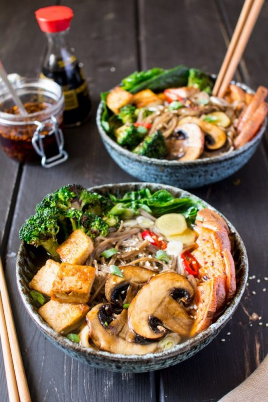 10 Surprising Ways to Eat Sea Vegetables: Vegan Ramen with Grilled Veg and Tofu from Lazy Cat Kitchen | The Health Sessions