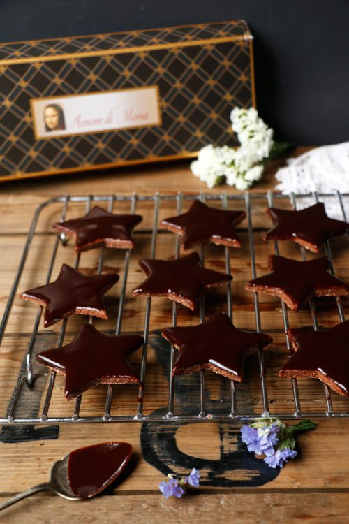 Edible Gifts for Healthy Food Lovers: Chocolate Star Cookies (Gluten-Free & Vegan) from Nirvana Cakery | The Health Sessions