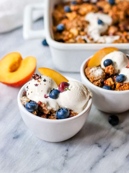 Healthy Stone Fruit Recipes: Vegan Blueberry Nectarine Crisp by Short Girl Tall Order | The Health Sessions