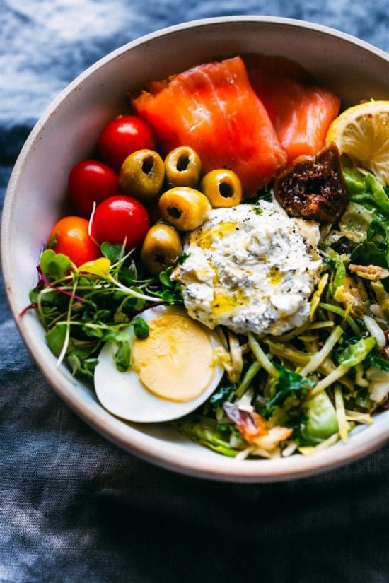 Warm Winter Salads: Winter Greens Salad with Smoked Salmon and Goat Cheese from Cotter Crunch | The Health Sessions