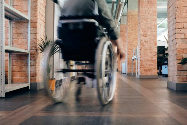 How to Find the Right Wheelchair for You | The Health Sessions